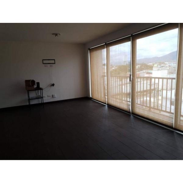 Apartamento en renta zona 4 de Mixco
