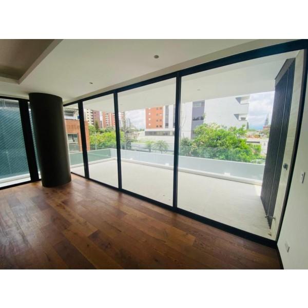 Apartamento en Renta y Venta zona 14 / Tiffany Novena