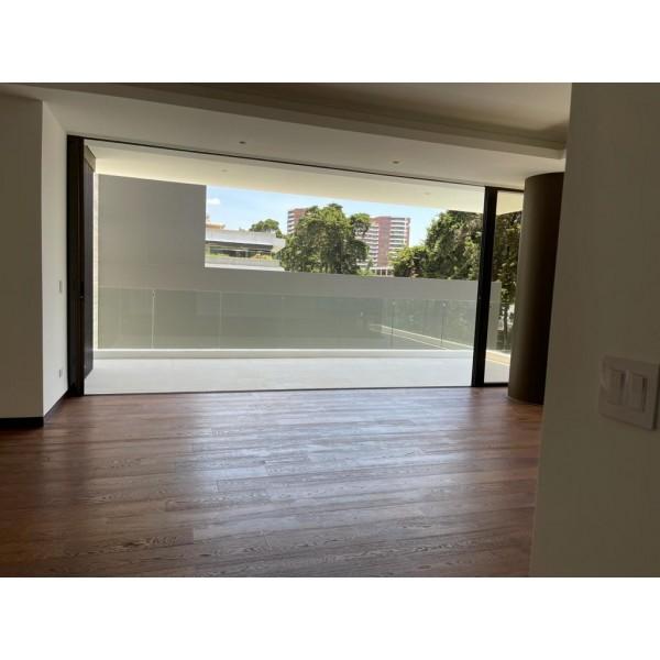 Apartamento en Renta zona 14 / Tiffany Novena