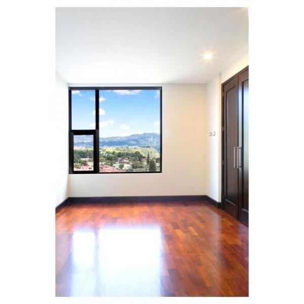 Apartamento en Venta zona 14 / Santa Inés