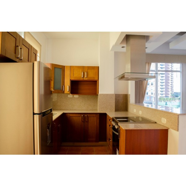 Penthouse en renta en zona 14