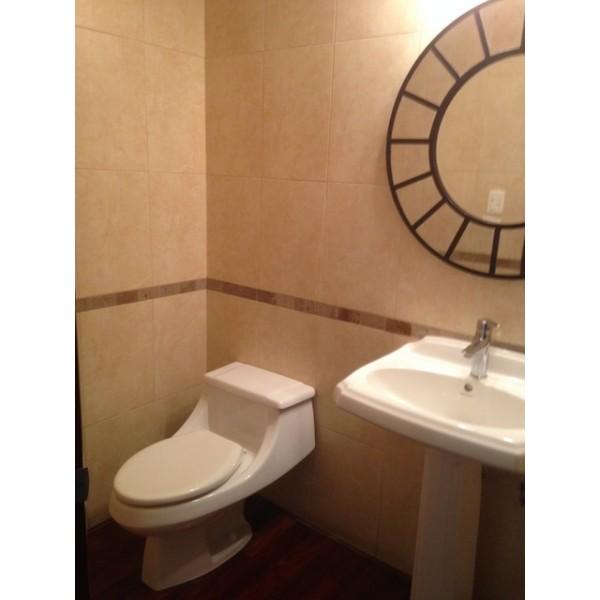 Apartamento de 3 Hab. en Renta y venta en Zona 10