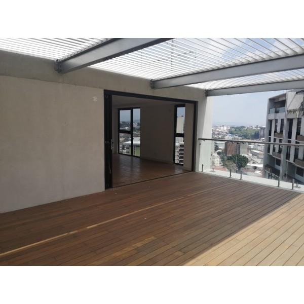 Apartamento en Venta en zona 4 con Terraza /Quo